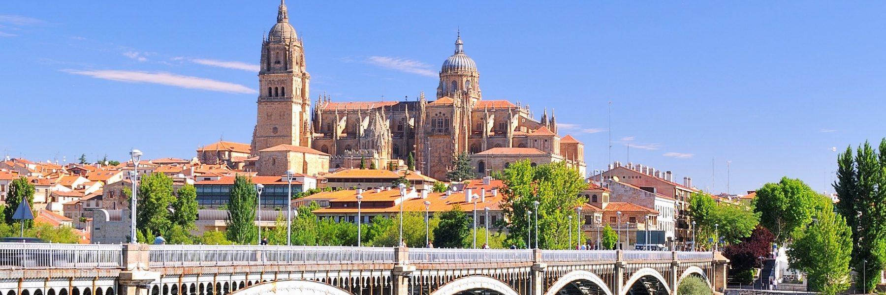 Catedral Salamanca con puente