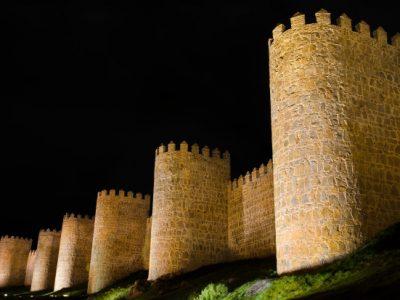 avila-noche-muralla